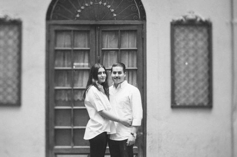 italian themed engagement session photo