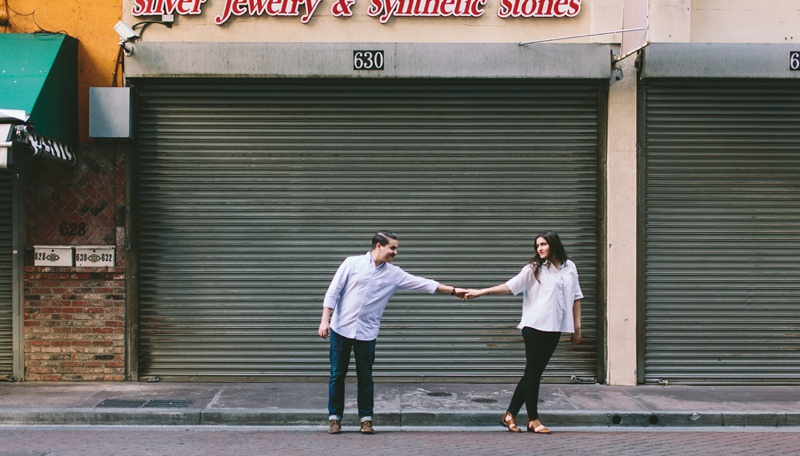 romantic downtown la engagement session photo