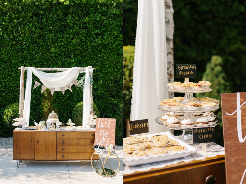 dessert table photo